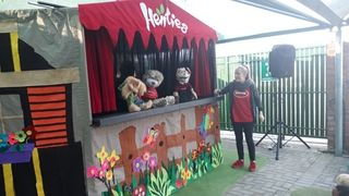 Henties Educational Puppet Show - 2019June 12, 2019